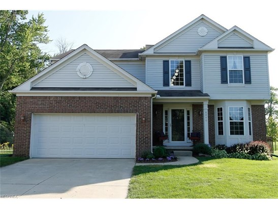 8840 Belton Dr, North Ridgeville, OH - USA (photo 1)