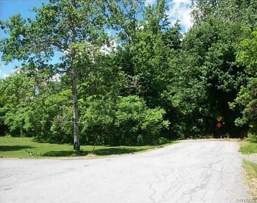 8110 Evergreen Drive, Pembroke, NY - USA (photo 1)