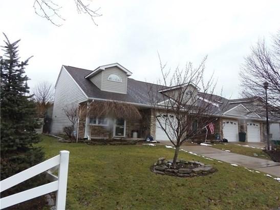 301 Garden Hill Dr, Tarentum, PA - USA (photo 1)