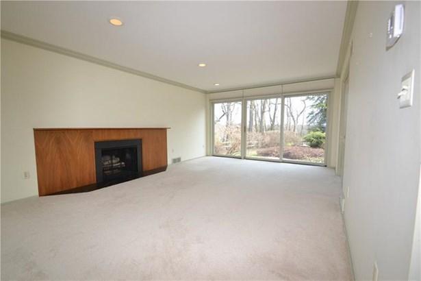 185 Crestvue Manor Drive, Mount Lebanon, PA - USA (photo 4)