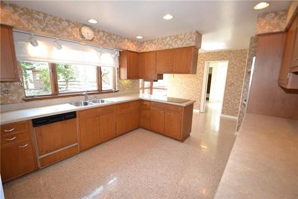 185 Crestvue Manor Drive, Mount Lebanon, PA - USA (photo 5)