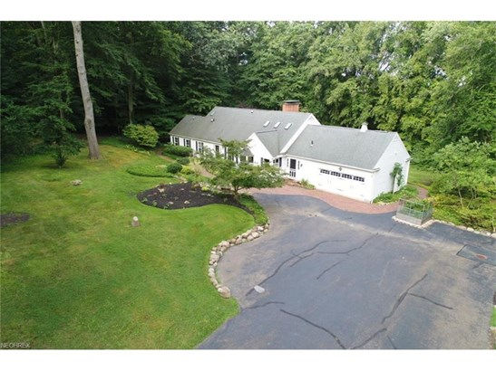 576 Timberline Dr, Akron, OH - USA (photo 2)