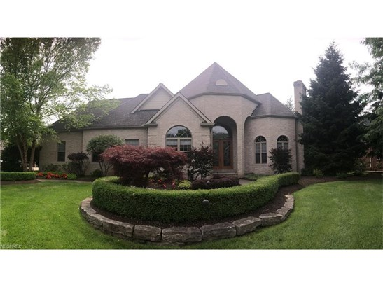 4551 Hunting Valley Ln, Brecksville, OH - USA (photo 1)