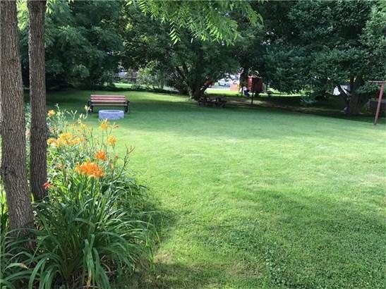 531 Stewart Ave, Grove City, PA - USA (photo 3)