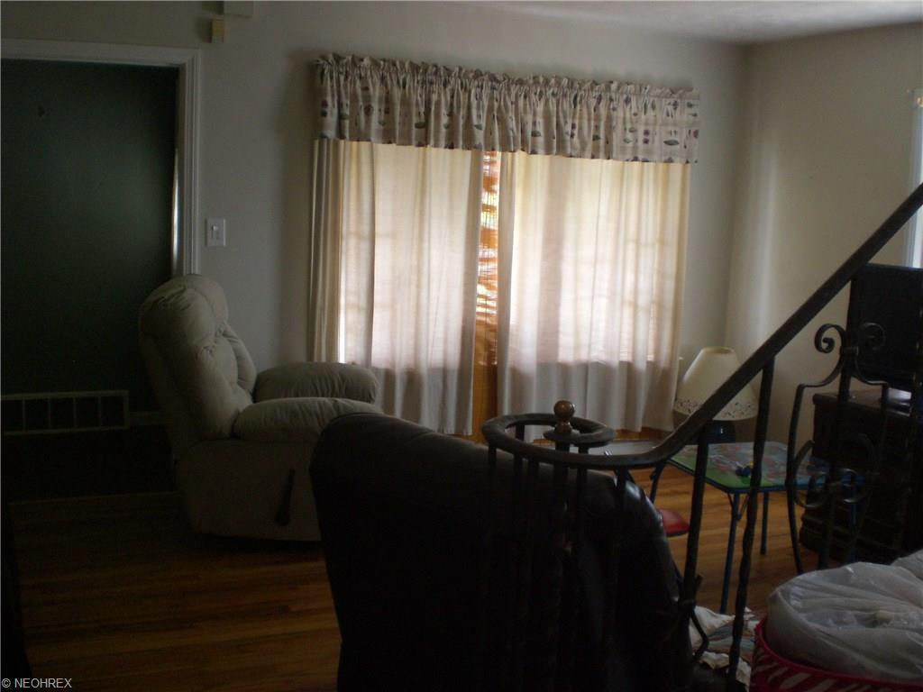 5374 South Blvd, Maple Heights, OH - USA (photo 5)