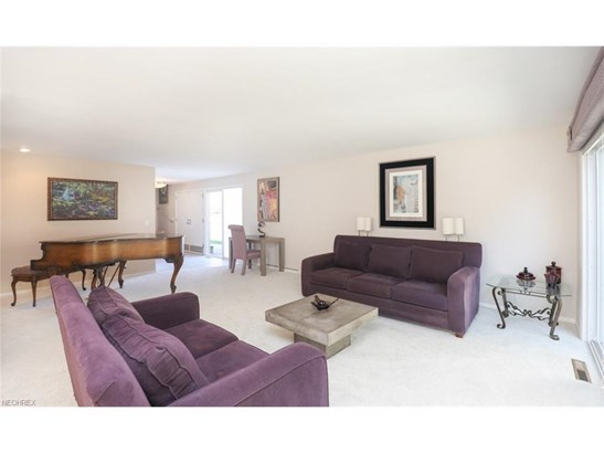1297 Stonington Dr, Youngstown, OH - USA (photo 5)