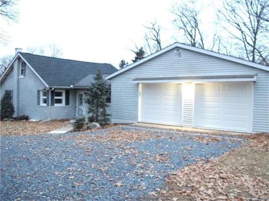 4225 Chestnut Street, Emmaus, PA - USA (photo 2)