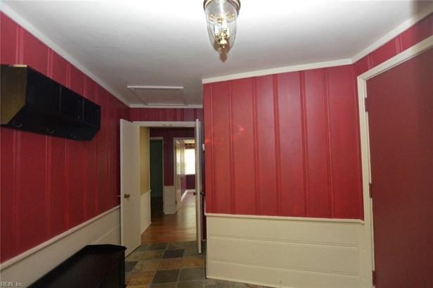 215 Talbot Hall Rd, Norfolk, VA - USA (photo 2)