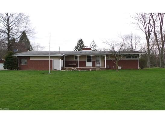 8598 Schubert Ne Ave, Alliance, OH - USA (photo 1)