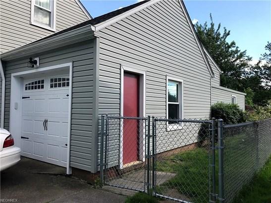 13985 Shawnee Trl, Middleburg Heights, OH - USA (photo 4)