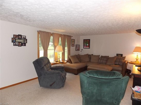 11194 Michelle Nw Dr, Canal Fulton, OH - USA (photo 3)