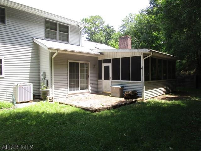 219 Oakridge Avenue, Bedford, PA - USA (photo 4)