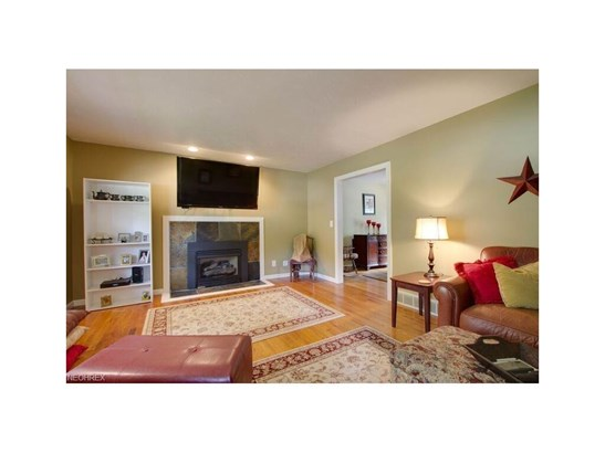 148 Bayberry Dr, Northfield Center, OH - USA (photo 5)
