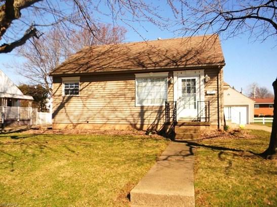 1427 E Broad, Louisville, OH - USA (photo 1)