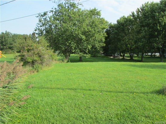 1340 Seneca Creek Road, West Seneca, NY - USA (photo 1)