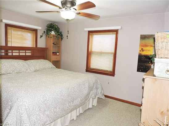 11855 Avon Belden Rd, Grafton, OH - USA (photo 4)