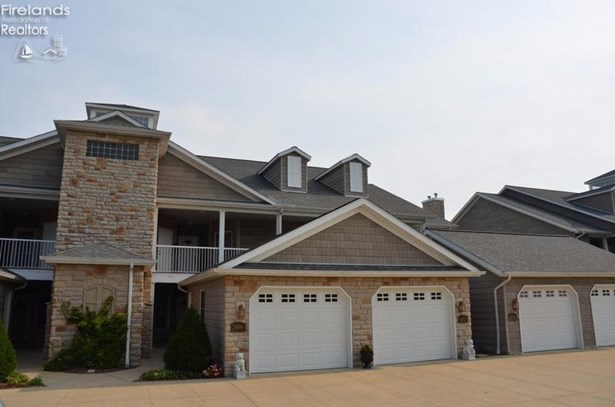 2856 Whispering Shores Drive, Vermilion, OH - USA (photo 1)