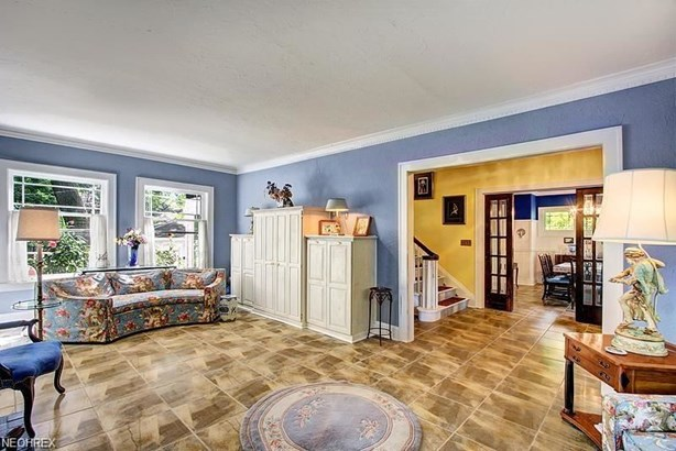 2988 Scarborough Rd, Cleveland Heights, OH - USA (photo 2)