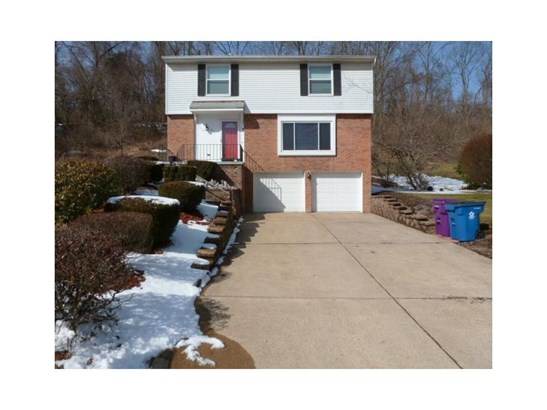 211 Duquesne Blvd, Plum, PA - USA (photo 1)