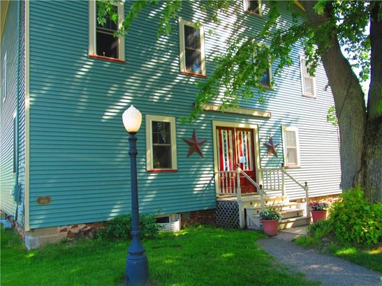 7643 Jay Street, Williamson, NY - USA (photo 2)