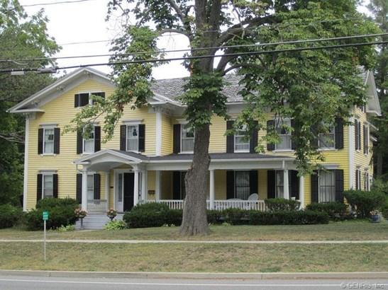 104 East Main Street, Avon, NY - USA (photo 3)