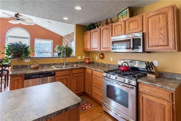 506 Meadowlake Ct, Strabane, PA - USA (photo 2)