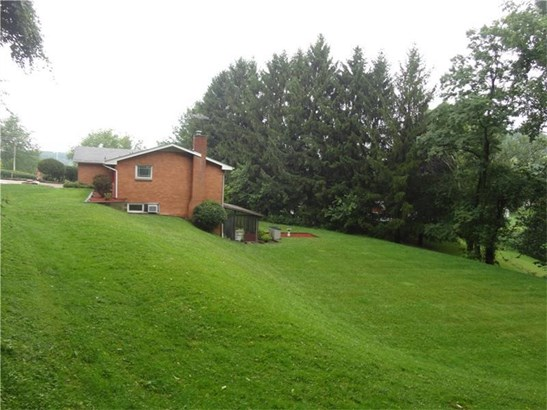 19 Seneca Dr, Finleyville, PA - USA (photo 2)
