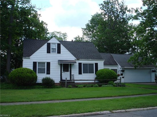 1121 Genesee Ave, Mayfield Heights, OH - USA (photo 1)