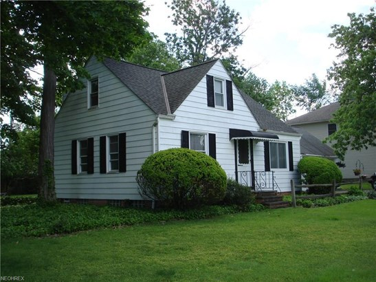 1121 Genesee Ave, Mayfield Heights, OH - USA (photo 2)