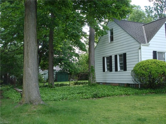 1121 Genesee Ave, Mayfield Heights, OH - USA (photo 3)