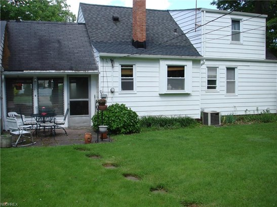 1121 Genesee Ave, Mayfield Heights, OH - USA (photo 5)