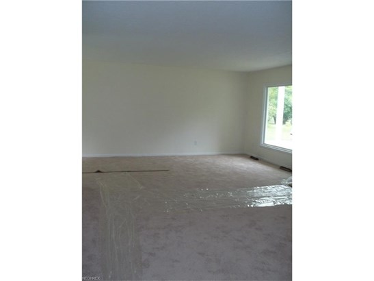 25445 Randolph Rd, Bedford Heights, OH - USA (photo 2)
