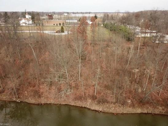 25 Edgewater Ct, Wakeman, OH - USA (photo 2)