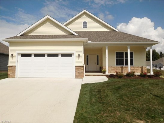 328 Alissa Ln, Canal Fulton, OH - USA (photo 1)