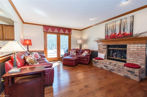 13541 Fairwinds Dr, Strongsville, OH - USA (photo 4)