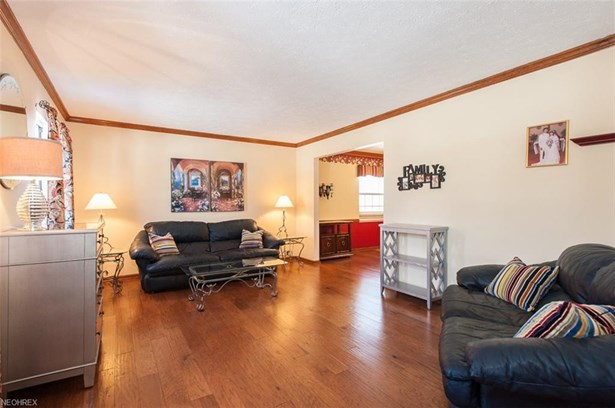 13541 Fairwinds Dr, Strongsville, OH - USA (photo 5)