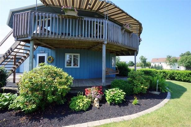 5586 West Bluff, Newfane, NY - USA (photo 2)