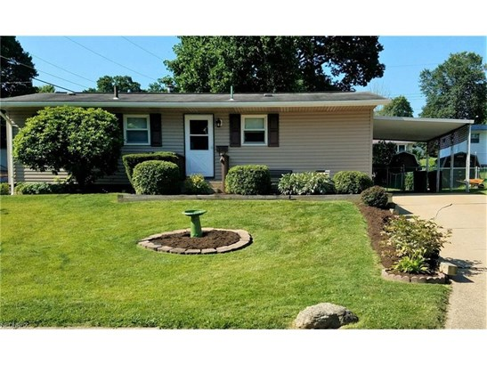 2133 Winslow Nw Ave, Massillon, OH - USA (photo 1)
