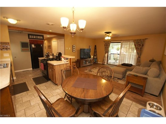 2133 Winslow Nw Ave, Massillon, OH - USA (photo 4)