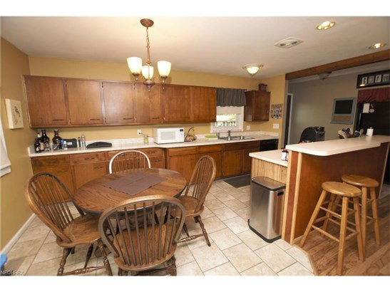 2133 Winslow Nw Ave, Massillon, OH - USA (photo 5)