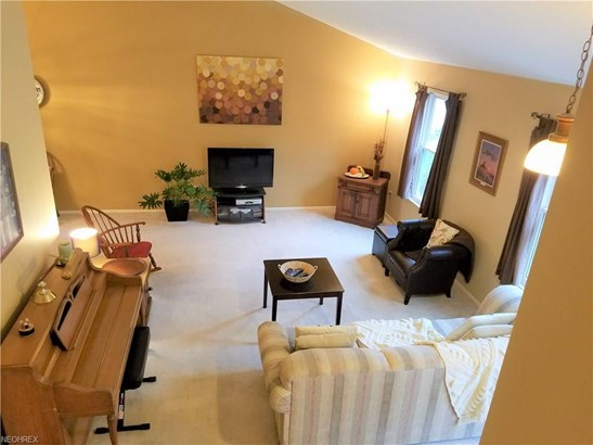 26918 Greenbrooke Dr, Olmsted Township, OH - USA (photo 5)