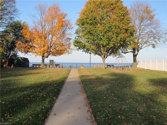 307 Shawnee Pl, Huron, OH - USA (photo 4)
