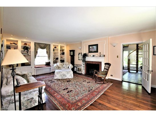 Enhanced with Hardwood Floor, Built-Ins, Fireplace & Window Seat (photo 3)