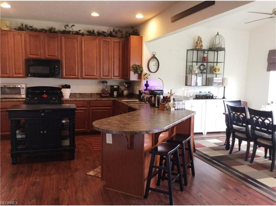 3816 Pinnacle Ct, Willoughby, OH - USA (photo 2)