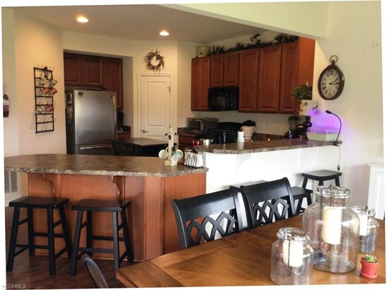 3816 Pinnacle Ct, Willoughby, OH - USA (photo 3)