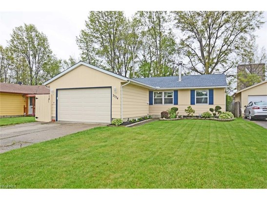2524 Packard Dr, Lorain, OH - USA (photo 1)