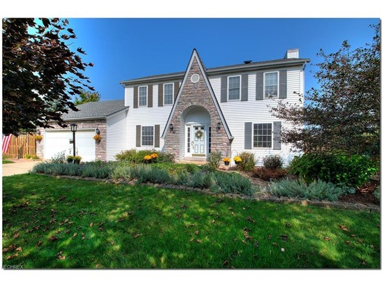 477 Schooner Ln, Northfield Center, OH - USA (photo 2)