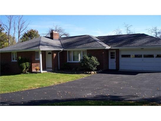 14891 Munn Rd, Newbury, OH - USA (photo 2)