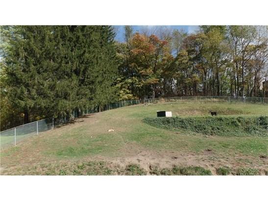 2619 Messinger Ln, White Oak, PA - USA (photo 2)