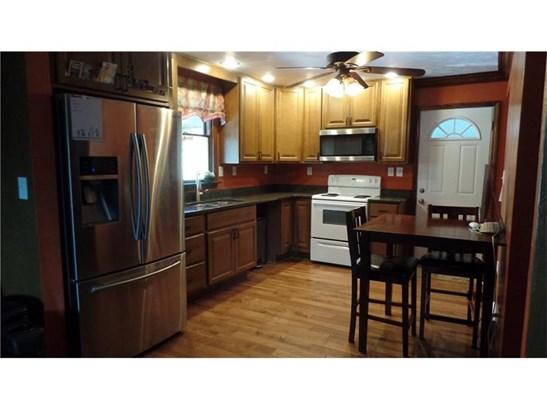2619 Messinger Ln, White Oak, PA - USA (photo 3)
